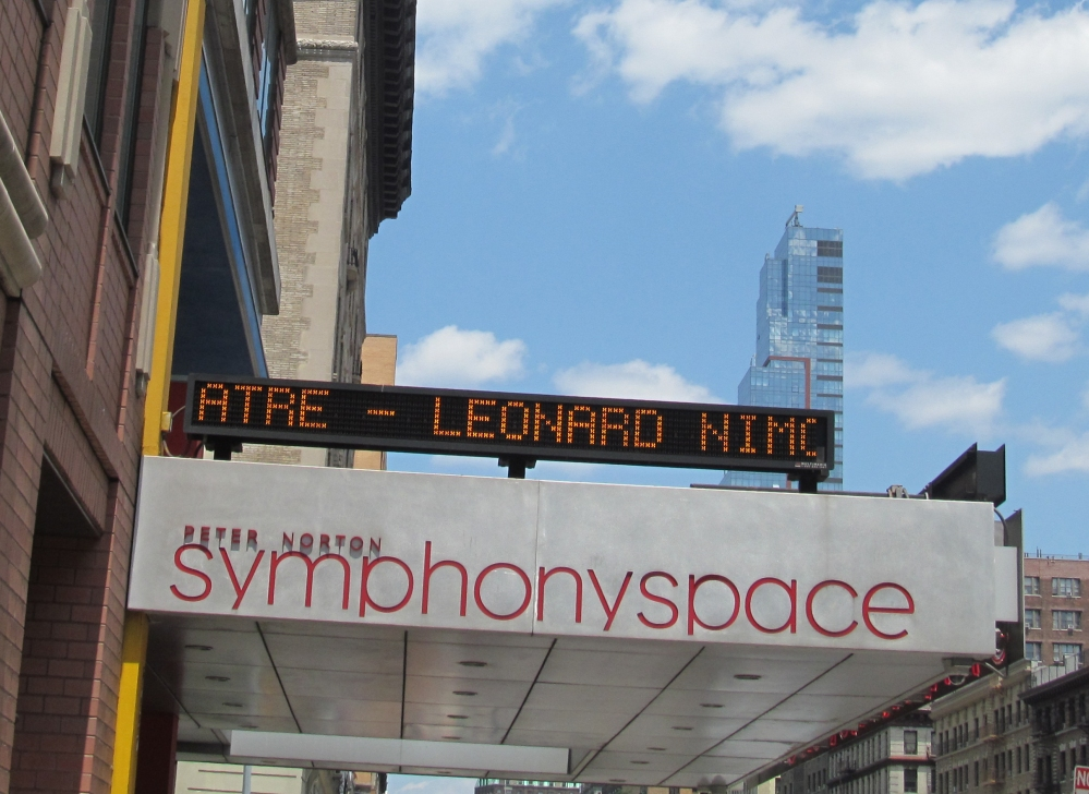 Seeing Leonard Nimoy in Person (Again!) Only 300 miles and 36 years Later- (VIDEO, PHOTOS) (1/6)