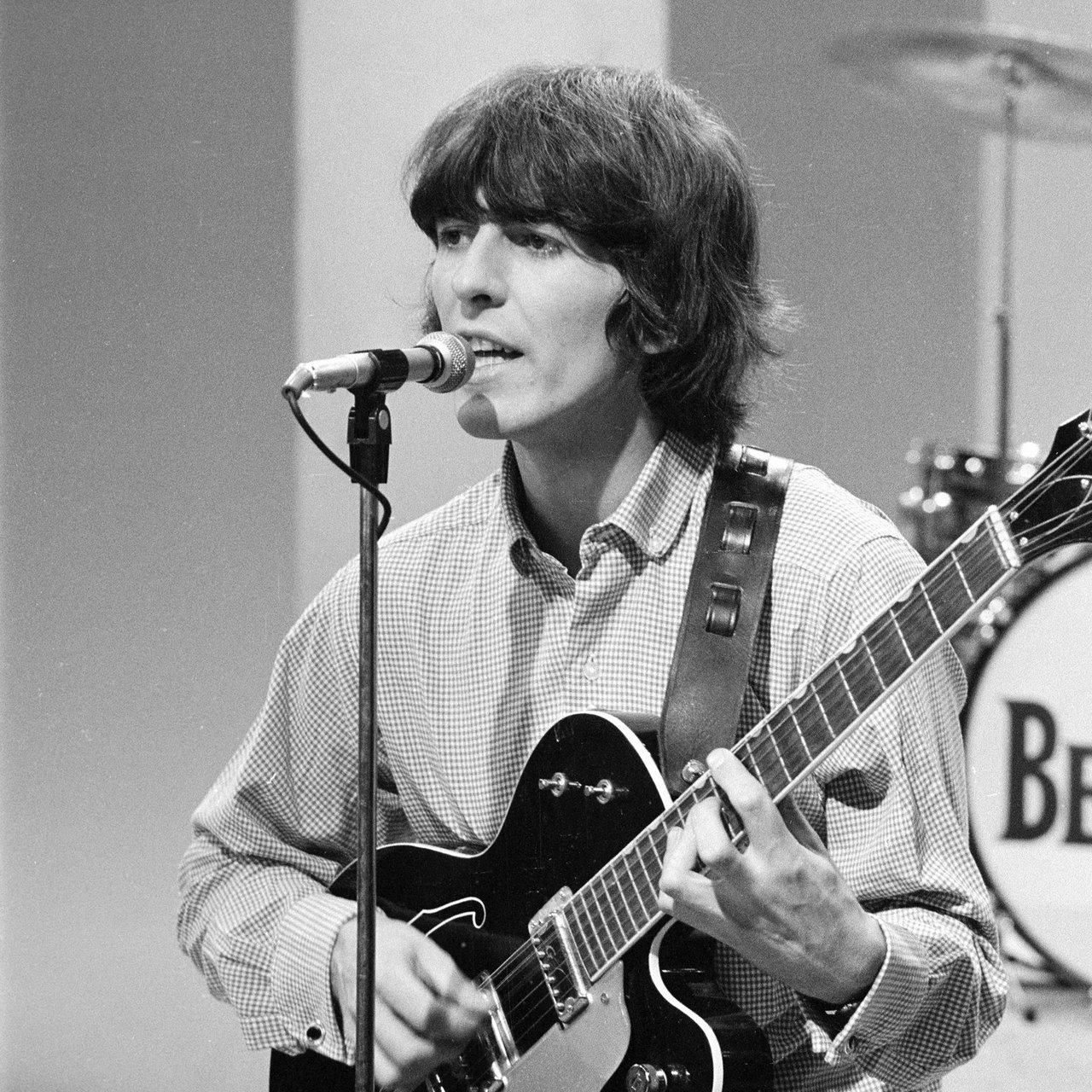 george harrison Read news updates about george harrison discover video clips of recent music performances and more on mtv.