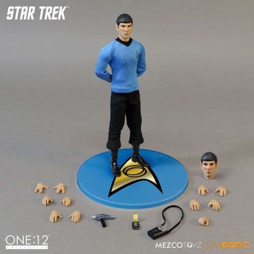 Mezco One 12 Collective Star Trek Spock action figure 2
