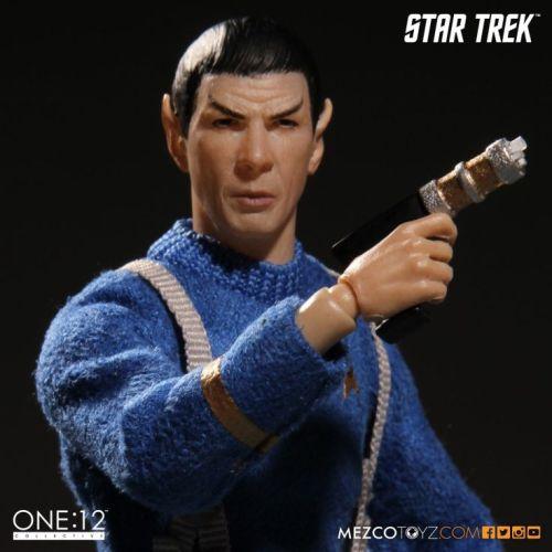 Mezco-Variant-Spock-4