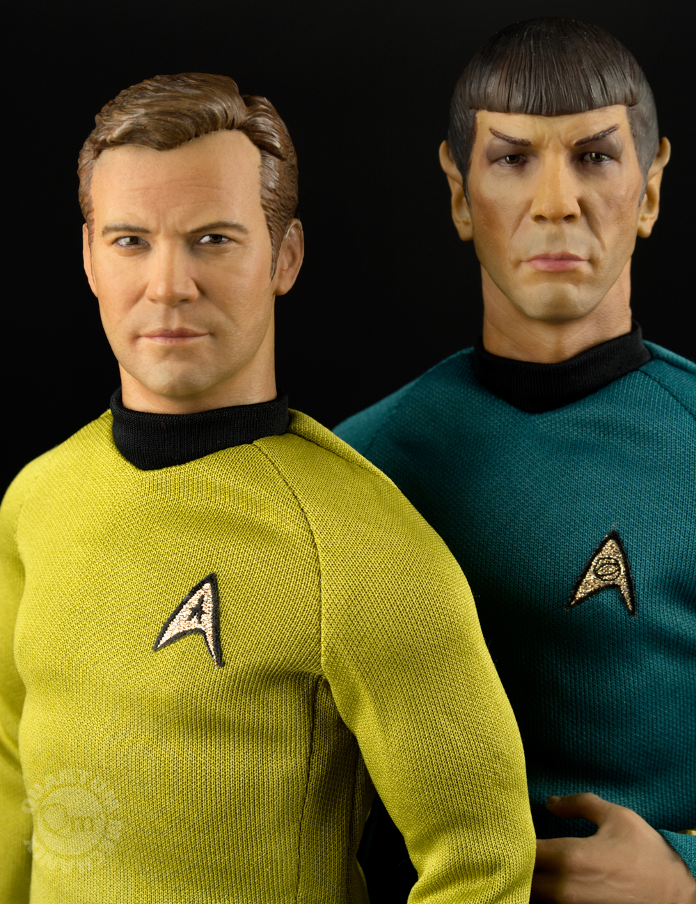 QMX-Star-Trek-Captain-Kirk-and-Spock-2